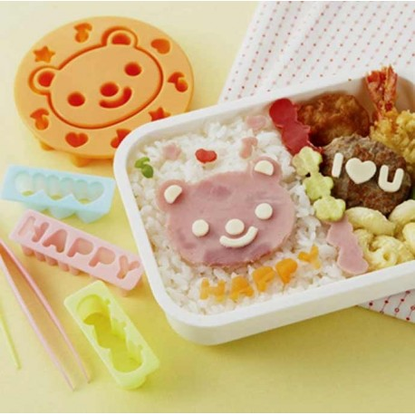 Bear & Messages cutters Bento and lunch box accessories.