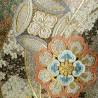 Ceinture de kimono Fukuro obi doré en soie - motifs floraux.