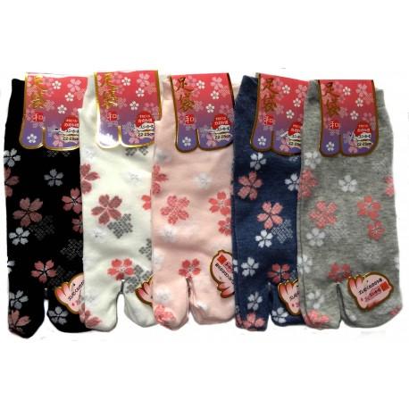 Tabi socks - Size 35 to 39 - Sakura prints. SPlit toes socks for flip flop.