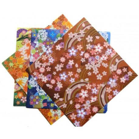 Papier japonais origami 15 x 15 cm - 28 feuilles. Boutique de papèterie japonaise.