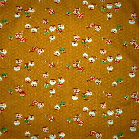 Carré de tissu japonais 52 x 52 moutarde - Motifs de chouettes. Emballage cadeaux en tissu.